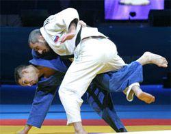 Российские дзюдоисты добыли 10 медалей в первый день Суперкубка мира