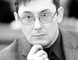Главу МВД Украины уволят за драку
