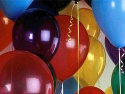Подростка оштрафовали на 100 долларов за выпущенный воздушный шарик