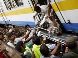 На Шри-Ланке в пассажирском поезде взорвалась бомба: семь погибших