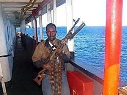 Сомалийские пираты захватили судно с россиянами