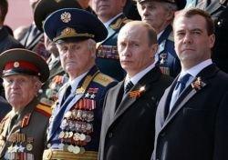 Медиаконкуренты: ни Путин, ни Медведев не хотят уходить на второй план