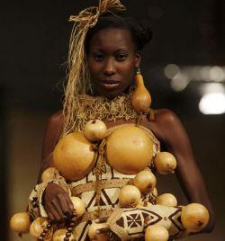 Африканская мода на показе Fashion for Peace в Кении