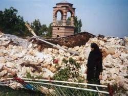 Русских монахов предлагают привлечь к восстановлению святынь в Косово