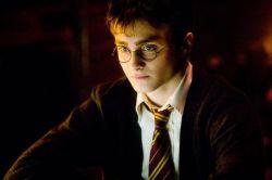 Джоан Роулинг написала историю о детстве Гарри Поттера