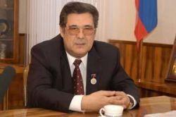 Аман Тулеев отсудил у Геннадия Зюганова полмиллиона рублей