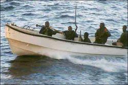 Сомалийские пираты захватили в Аденском заливе еще два судна