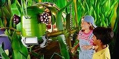 Зоопарк с животными-роботами открылся в Будапеште