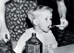 Молоко с детства защищает ребёнка от остеопороза