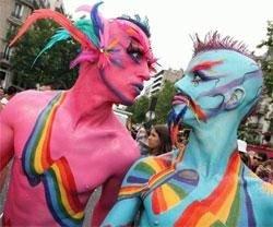 Московская милиция вступила в полный контакт с геями