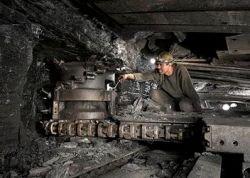 Стена угля завалила шахтеров в Казахстане