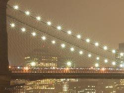 В Нью-Йорке устроили световой флешмоб