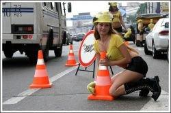 Необычная акция от Miller стала причиной пробки на дороге