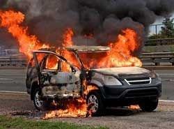Два подростка в Москве сожгли ночью 14 машин