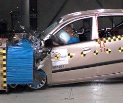 Какие автомобили безопасны для ребенка
