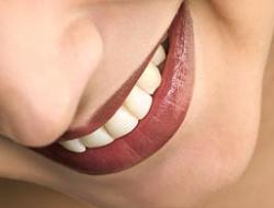 Делаем зубы: какие коронки лучше?