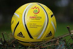 Чемпионат Европы в Австрии: чего больше, младенцев или инфарктов?