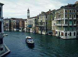 Жителей Венеции будут предупреждать о наводнениях по SMS
