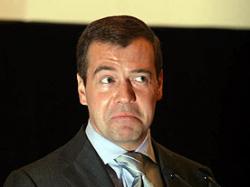 Дмитрий Медведев обещал расследовать все преступления против журналистов