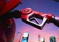 За год бензин в России подорожал более чем на 20%