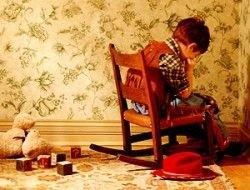 Почему родители бьют своих детей?