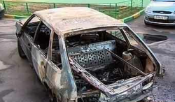 В Москве в ночь на 7 июня сгорели шесть автомобилей