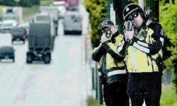В Канаде на трассы выходят картонные автоинспекторы