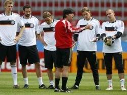 Шесть заповедей Йоахима Лева должны помочь Германии выиграть ЕВРО-2008