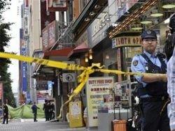 Японец зарезал шесть человек в центре Токио