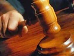Председатель избиркома подала в суд, требуя защитить свою честь от коммуниста