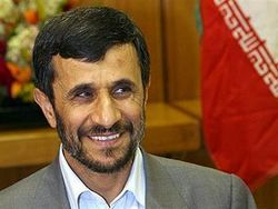 Махмуд Ахмадинеджад  приказал иранским банкам вернуть все деньги в страну