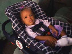 Очевидцы предотвратили попытку угона авто с ребенком