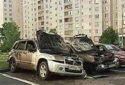 ГУВД Москвы отказалось обсуждать со СМИ поджоги машин
