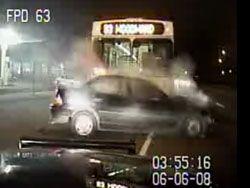 Погоня закончилась столкновением с автобусом