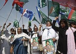 Пакистанская оппозиция пошла против президента