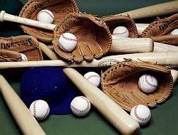 Бейсбол - наиболее опасный вид спорта для школьников