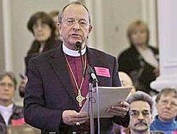 Американский епископ, первый открытый священник-гей, вступил в однополый союз