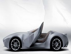 BMW представил автомобиль с эластичным кузовом