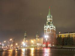 Москва догнала Нью-Йорк по доходам, но тратит на себя гораздо меньше