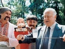 В Москве недовольны  Виктором Черномырдиным и его «правой рукой»