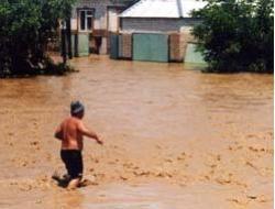 Сильные дожди затопили более ста домов в Ставрополье