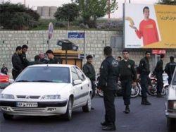 Иранских полицейских захватили в заложники