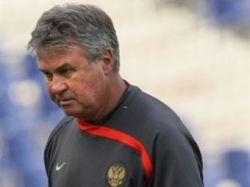 Гуус Хиддинк назвал состав сборной России на матч с Грецией