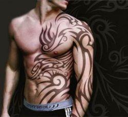 За 24 часа американец сделал 415 татуировок