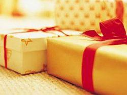 Чиновникам запретят принимать подарки