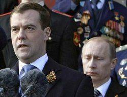 На шахматном поле Кремля уже начались перестановки фигур?