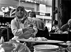 В Стамбуле взорвали европейское кафе