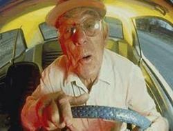 В Твери дедушка убил водителя за то, что он не уступил ему дорогу