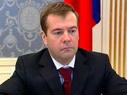 Дмитрию Медведеву, в отличие от Путина, не хватает поддержки бизнеса