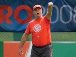 Хиддинк настраивает сборную России на игру при помощи ненормативной лексики
